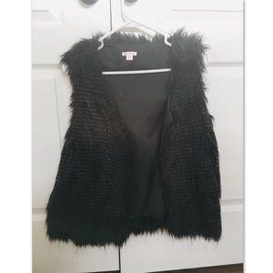 Xhilaration Black Faux Furry Vest Medium